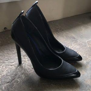 GX by Gwen Stefani black stiletto pumps